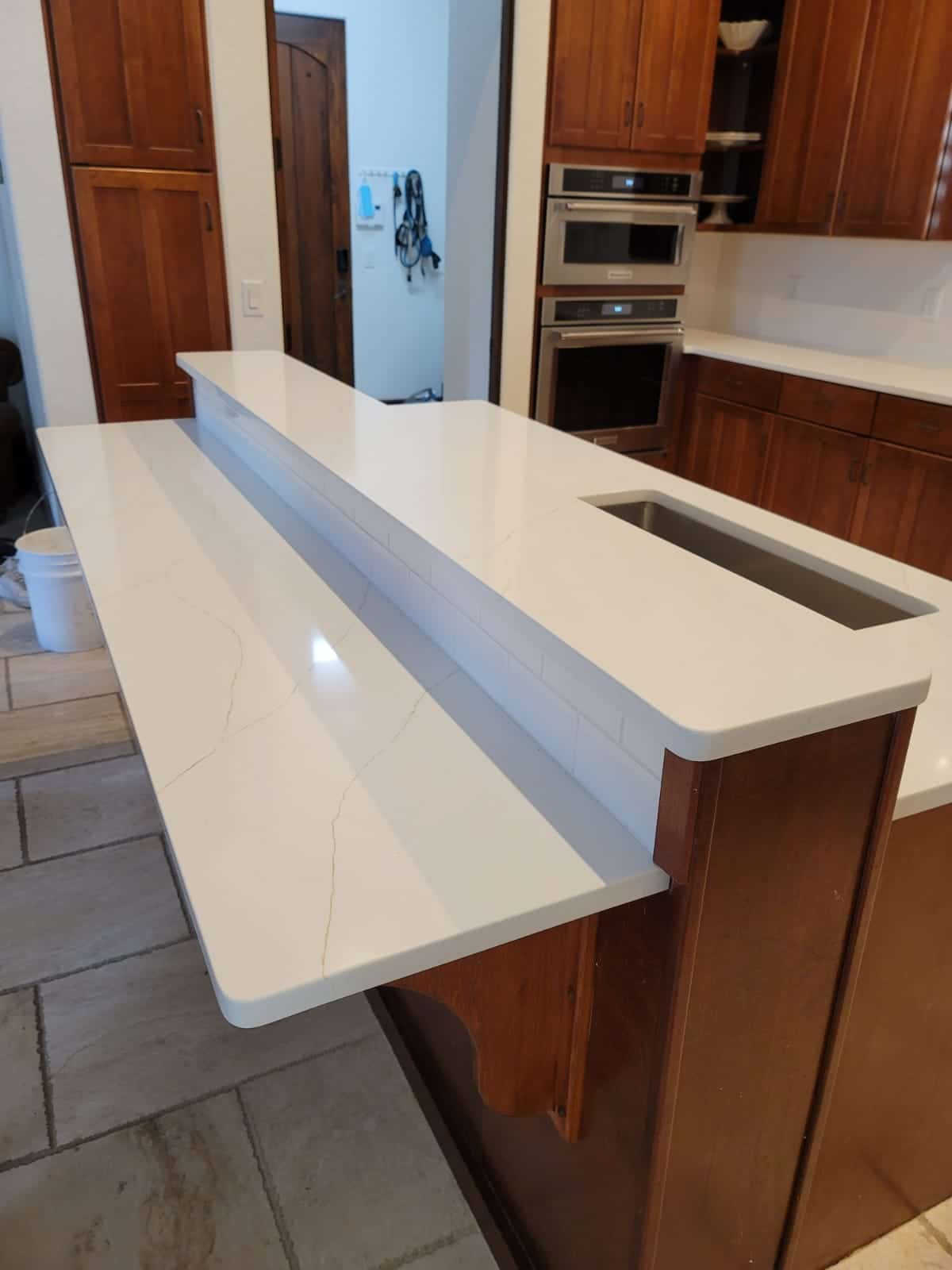 Job: Hoffman Material: Lincoln Quartz